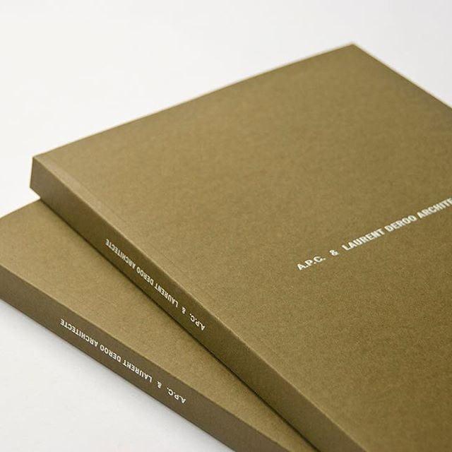 W journal 161206 apc deroo book