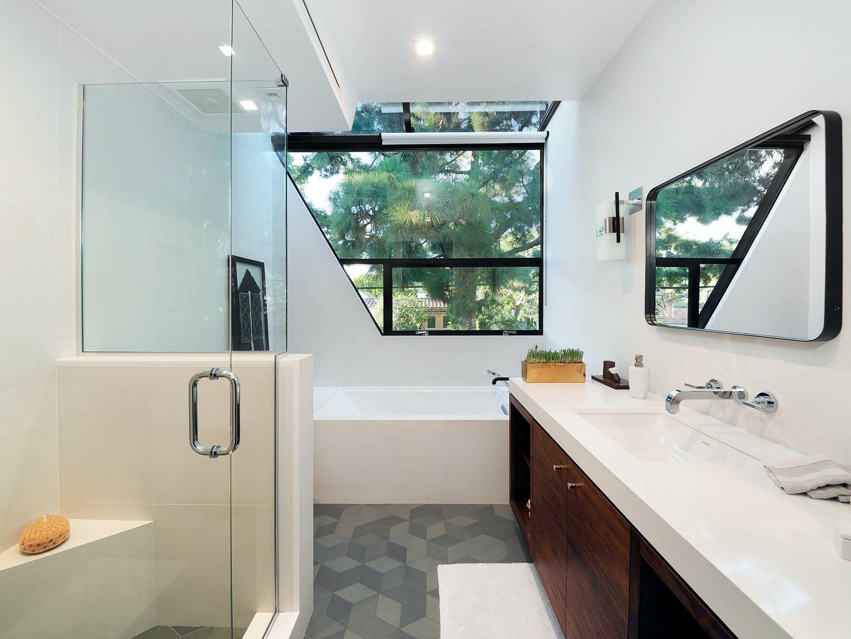 23 west bathroom 2 1024h