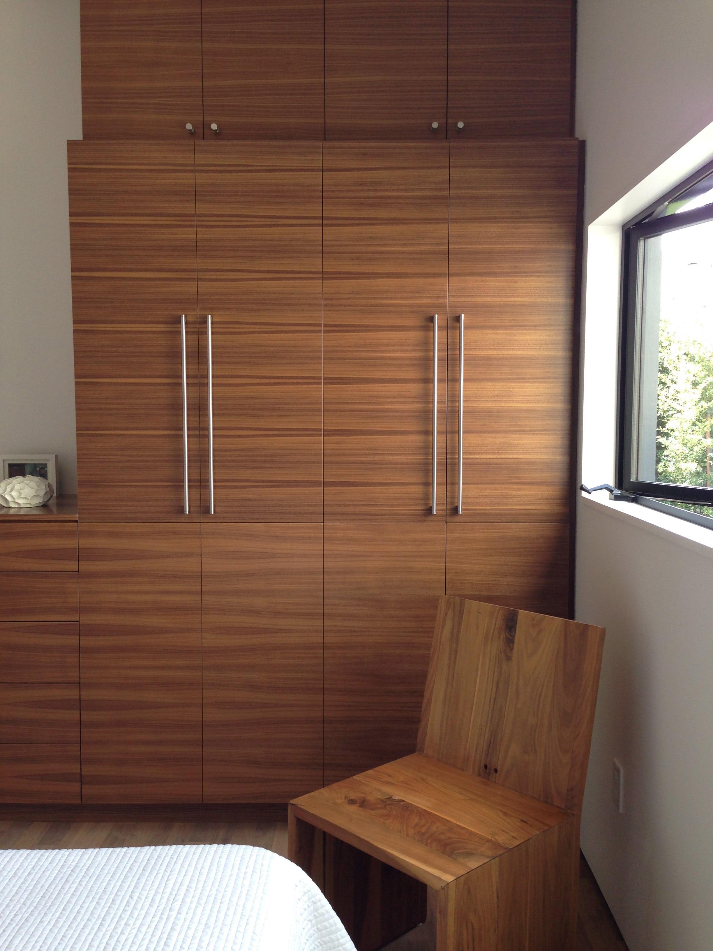 Builtform construction  steelhouse1 2 wood room modern chair