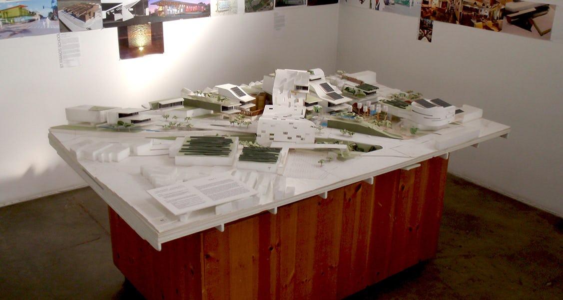 121112 living city model 1