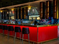 Minute by tuk tuk shangrila colombo bar restaurant sri lanka 04