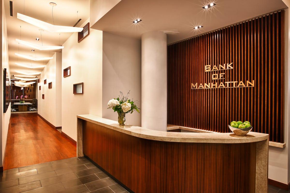 Fer bank of manhattan lobby2