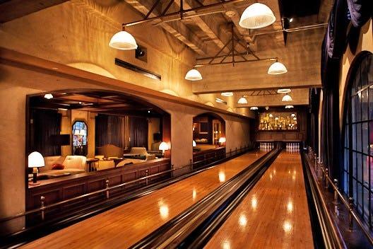 Fer roosevelt spare room bowling