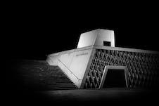 Series black bunker rainer taepper