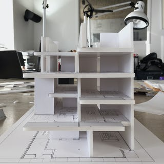 Level architecture incorporated model view