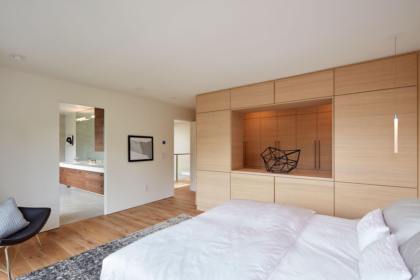 Builtform construction 441tamresidence bedroom modern wood smaller