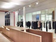 P apc showroom02