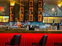 Minute by tuk tuk shangrila colombo bar restaurant sri lanka 03