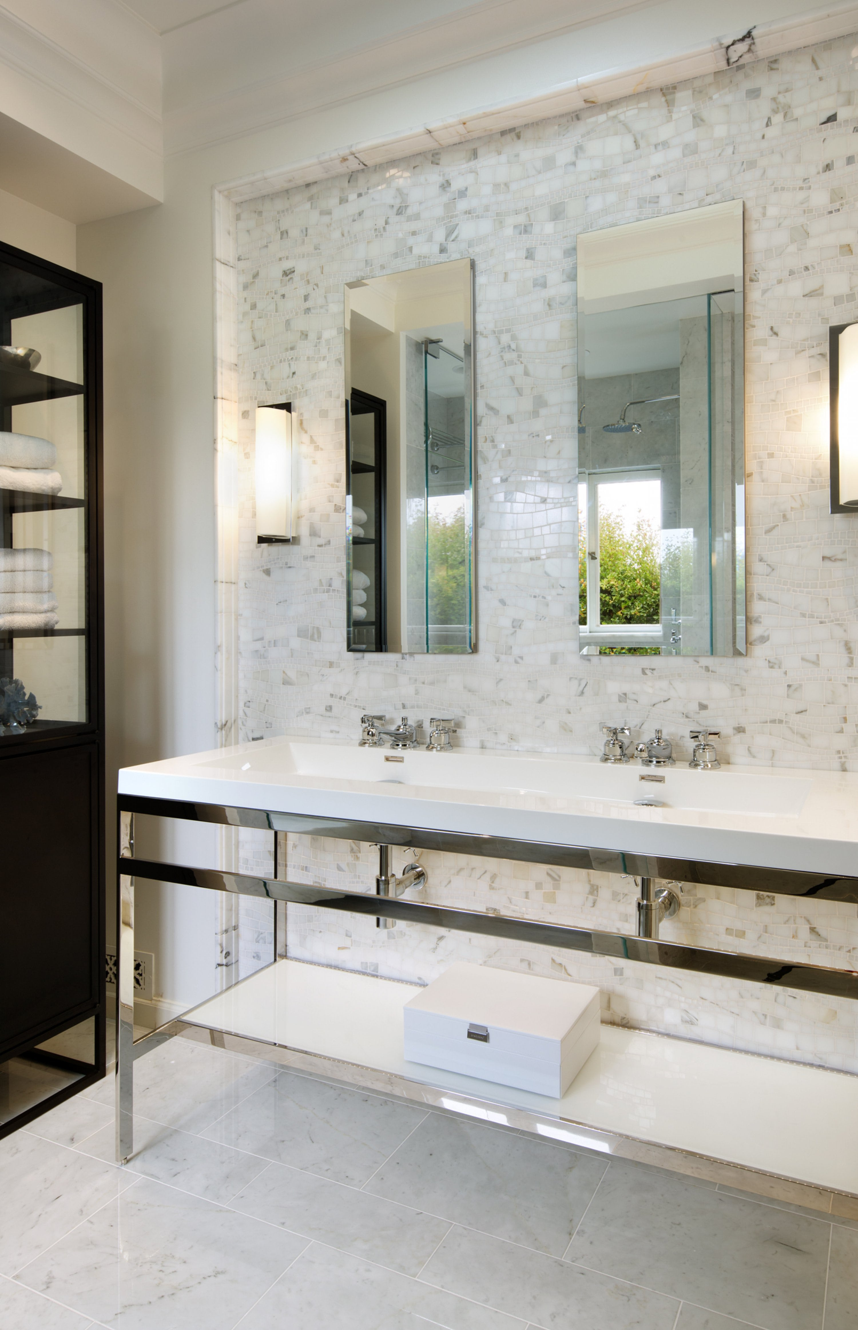 Award bathroom 2  1498498603 34944