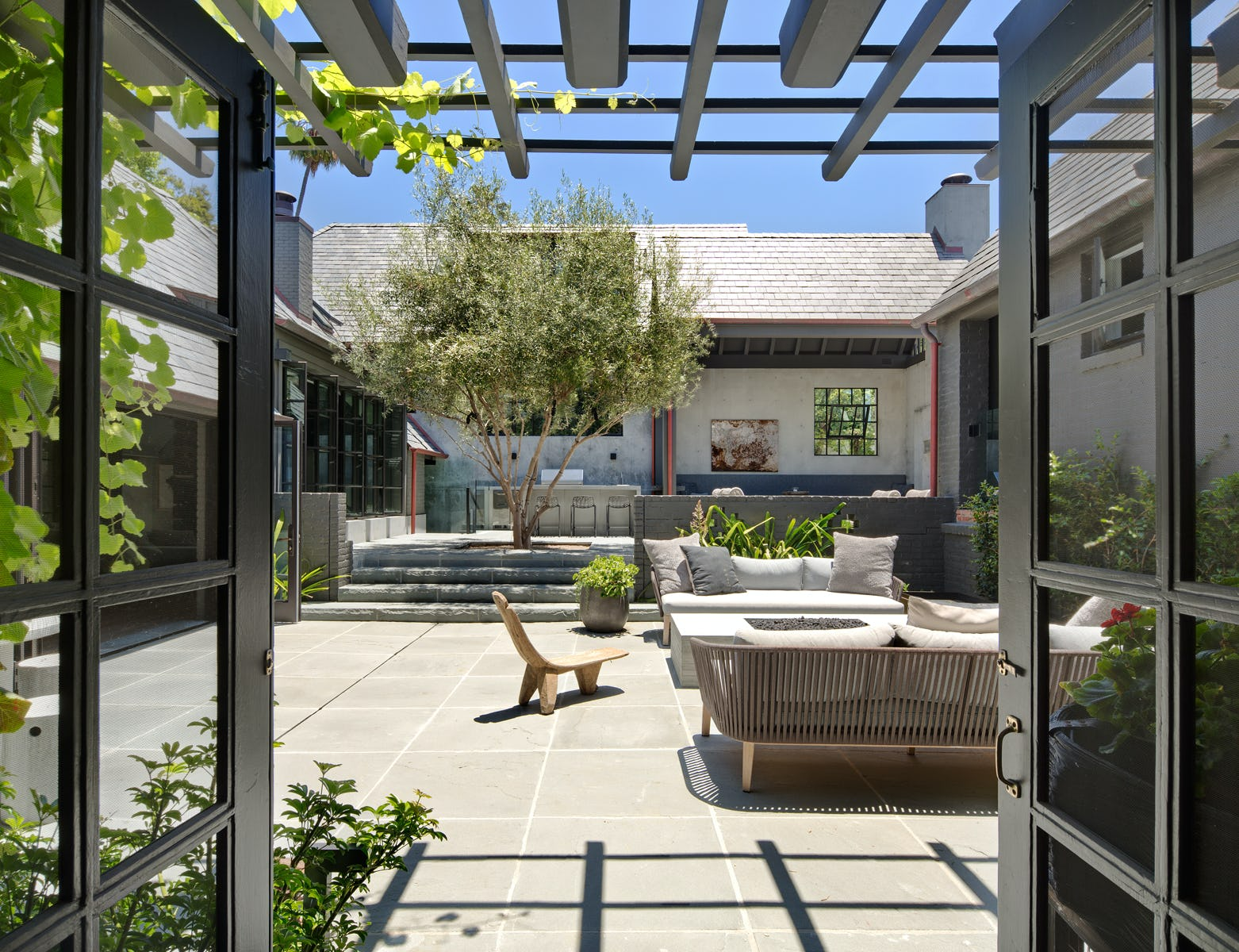 Jb square from dining to patio w trellis