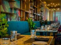 Minute by tuk tuk shangrila colombo bar restaurant sri lanka 05